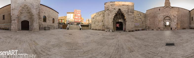 HızırBey Mosque 3LS8594_02092011-Pano © LEVENT ŞEN